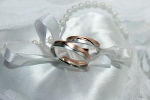 wedding-ring-743741_640